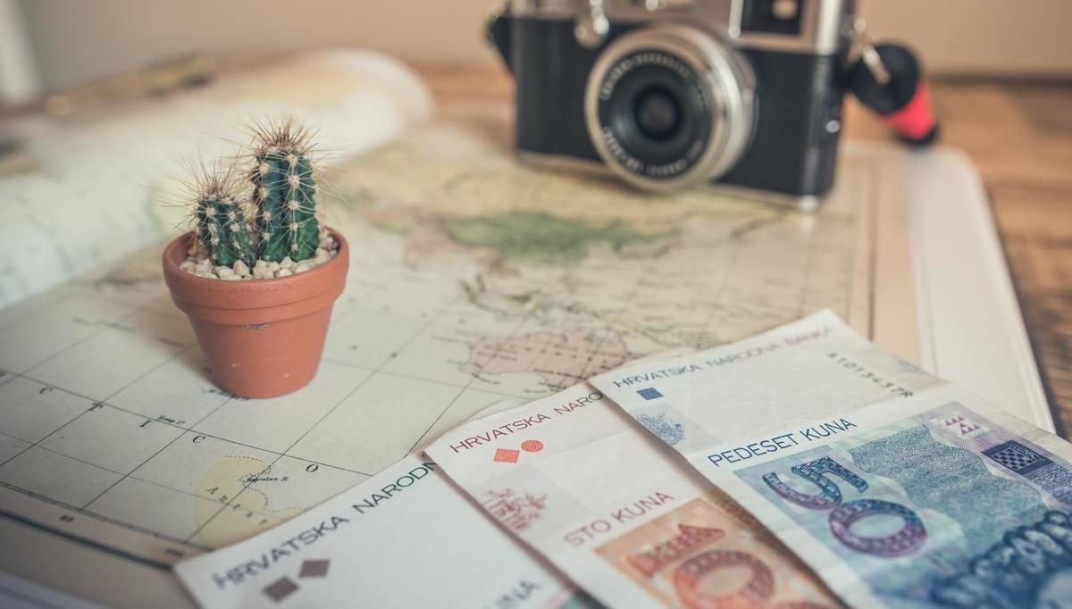Airbnb aumenta le commissioni